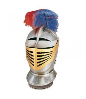 XVI capacete de guerreiro do século gravado
