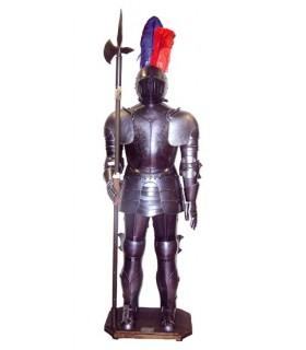 armadura medieval com alabarda