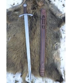 espada cruzado com bainha, funcional