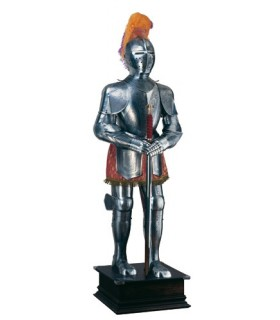 Impressões em prata armadura natural, cocar de penas e espada em suas mãos