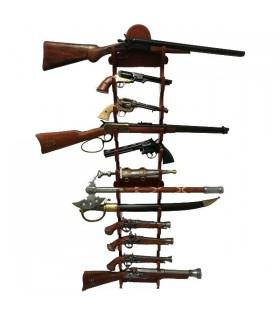 Exibição de 12 armas penduradas na parede
