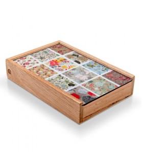 Caixa de jogos medievais: cartas, iô-iô, dominó, palitos, bolinhas de gude, valetes