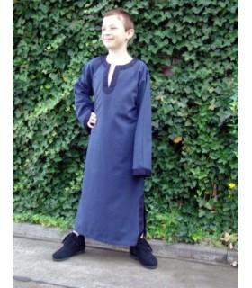 Roupa-túnica medieval para criança