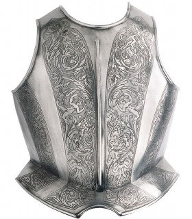 Peto gravado para armadura