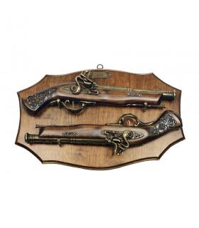 Panóplia de madeira com armas