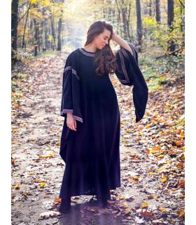Ida mulher vestido medieval