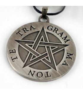 Tetragrammaton pingente pentagrama