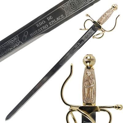 Os nomes em sua espada de casamento